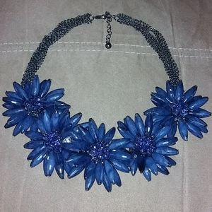 ella & elly Jewelry - Ella & Elly Flower Necklace
